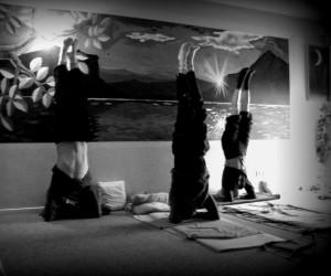 Grupos regulares para la practica de yoga integral
